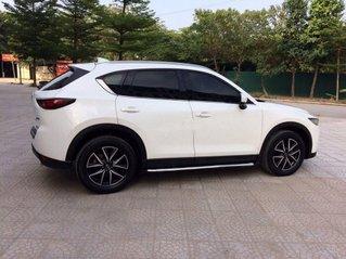 Cần bán lại xe Mazda CX 5 2.0 năm 2018, màu trắng