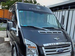 Cần bán xe Ford Transit Limousine Dcar đời 2017