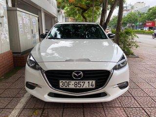 Cần bán lại xe Mazda 3 sản xuất 2019, màu trắng
