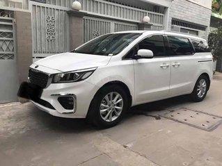 Bán xe Kia Sedona đời 2018, màu trắng, 895 triệu
