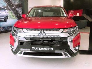 Mitsubishi Outlander 2020, tặng 100% trước bạ