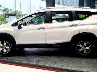 Bán Mitsubishi Xpander Cross đời 2020, màu trắng, nhập khẩu
