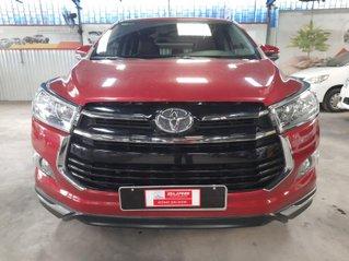 Bán Toyota Innova Venturer đời 2018, màu đỏ, xe gia đình sử dụng đi 38.115 km, đã check hãng, quý khách yên tâm sử dụng