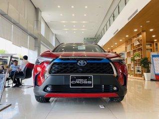 Nam Toyota Kon Tum bán Corolla Cross 2020 nhập khẩu nguyên chiếc mẫu mới cực hot - giá siêu ưu đãi