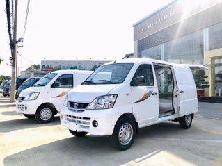 Xe tải van 2 chỗ / 5 chỗ Thaco Towner Van 2S / 5S tải trọng 945/750kg chở hàng vào phố
