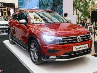 Cần bán xe Volkswagen Tiguan Luxury sản xuất năm 2020, màu đỏ