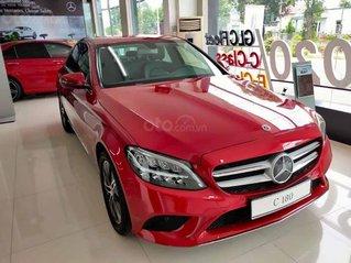 Cần bán Mercedes sản xuất 2020, màu đỏ