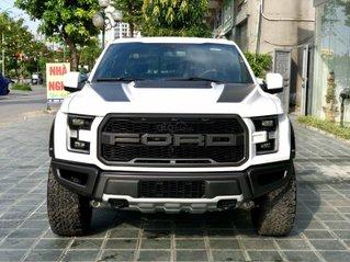 Bán xe Ford F 150 đời 2021 màu trắng, xe có sẵn giao ngay, LH em Lộc