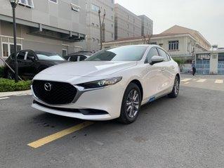 New Mazda 3 giá chỉ từ 669 trả trước 200 triệu - tặng BHVC, giảm 5% LPTB, tặng bộ phụ kiện cao cấp