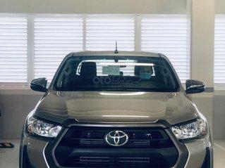 Toyota Tân Cảng bán Toyota Hilux 2.4E AT 2021 nhập khẩu, nhiều ưu đãi, xe giao ngay, trả góp lãi suất 0.3%