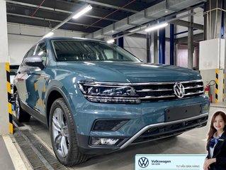 Khuyến mãi giá tốt Tháng 9/2020 cho Tiguan luxury S màu xanh Petro - Phiên bản full option