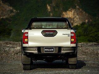 Toyota Hilux 2.4 số sàn _ khuyến mãi tiền mặt - tặng phụ kiện - thanh toán 160tr nhận xe
