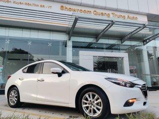 Bán ô tô Mazda 3 đời 2018 Facelift, giá 555 tr