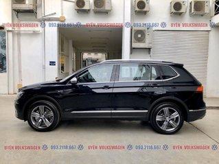 Ưu đãi khủng 120tr +quà tặng phụ kiện chính hãng Tiguan Luxury 2.0tsi màu đen - nội thất kem, mạnh mẽ, sang trọng