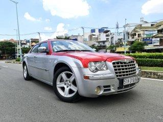 Chrysler 300c Limited 5 chỗ nhập Mỹ 2010 dán 2 màu, hàng full đủ đồ chơi không thiếu món nào