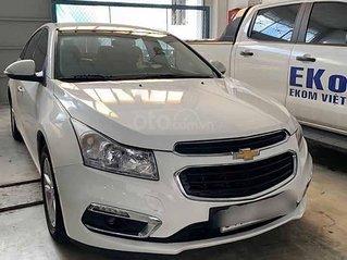 Bán xe Chevrolet Cruze 1.6LT năm 2016, màu trắng