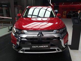 Mitsubishi Outlander 2020 giá sốc đủ màu, giao ngay