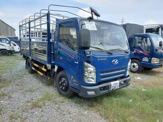 Xe tải IZ65 tải 3.5 tấn vào thành phố