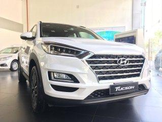 Hyundai Tucson 2020 bản máy xăng đặc biệt KM thêm 20tr tháng ngâu, trả góp 85%, trả trước 220tr để nhận xe