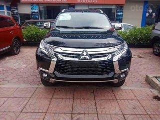Cần bán Mitsubishi Pajero Sport năm sản xuất 2019, màu đen, xe nhập