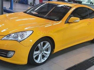 Hyundai Genesis - Mua xe 10 năm chạy 4V7 km