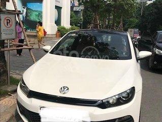 Chính chủ cần bán xe Volkswagen Scirocco 1.4 AT sản xuất 2011, màu trắng, xe nhập