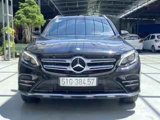 Bán Mercedes GLC 300 năm sản xuất 2017, màu đen, biển số SG