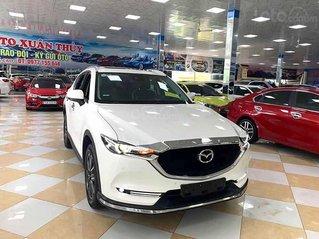 Cần bán xe Mazda CX 5 năm 2018, màu trắng còn mới