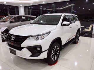 Toyota Fortuner TRD 2020 giao ngay