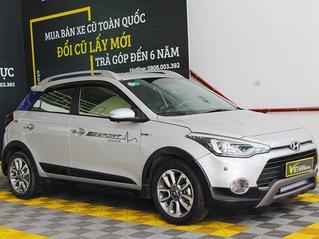 Bán xe Hyundai i20 active 1.4AT 2015