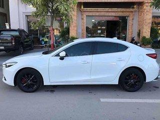 Cần bán gấp Mazda 3 1.5AT Facelift sản xuất 2019, màu trắng chính chủ