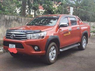Bán Toyota Hilux sản xuất 2016, màu đỏ, xe nhập, số sàn