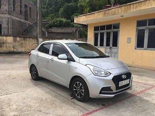 Cần bán xe Hyundai Grand i10 sản xuất năm 2018, màu bạc còn mới
