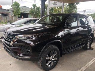 Bán Toyota Fortuner 2.5 số tự động máy dầu 2021- xe giao ngay - Khuyến mãi giảm giá ngay tiền mặt. Tặng thêm phụ kiện