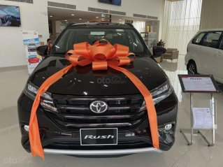 Bán Toyota Rush 1.5 màu đen giao ngay _ khuyến mãi giảm giá tiền mặt _ tặng thêm phụ kiện