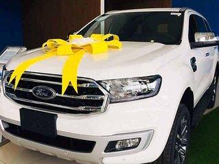 Cần bán Ford Everest Titanium 4x4 sản xuất năm 2020, màu trắng, xe nhập