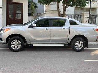 Bán Mazda BT 50 năm sản xuất 2015, màu bạc, nhập khẩu