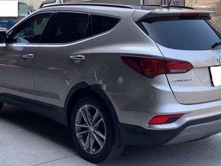 Bán Hyundai Santa Fe đời 2018, màu xám còn mới, giá tốt