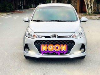 Cần bán Hyundai Grand i10 năm sản xuất 2018, màu bạc số tự động