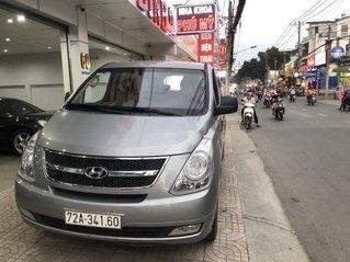 Bán Hyundai Grand Starex đời 2014, màu ghi, nhập khẩu