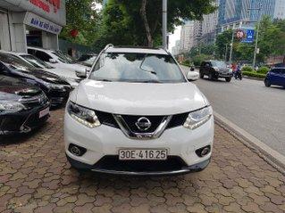 Bán xe X-Trail trắng 2017 biển Hà Nội