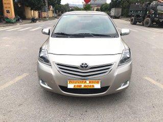 Toyota Vios 1.5E cuối 2013, màu vàng cát, xe 1 chủ mua đi từ mới, cực chất lượng.