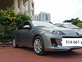 Chuyển giao em Mazda 3 2013 AT màu bạc ánh kim,cả nội và ngoại thất đều origin,nhìn như mới.375 triệu cho người sử dụng.