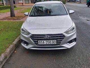 Cần bán Hyundai Accent 1.4 MT Base năm 2019, màu bạc còn mới