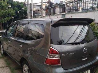 Xe Nissan Livina sản xuất 2010, màu xám còn mới, giá tốt