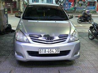 Bán xe Toyota Innova đời 2009, màu bạc, giá chỉ 315 triệu