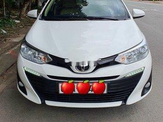 Bán xe Toyota Vios đời 2019, màu trắng còn mới