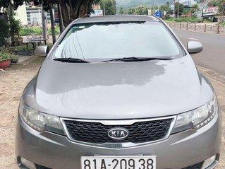 Cần bán lại xe Kia Forte đời 2013, màu xám