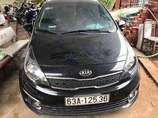 Cần bán xe Kia Rio 2016, màu đen số tự động, 380tr