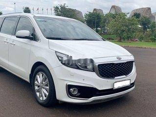 Cần bán lại xe Kia Sedona sản xuất 2015 còn mới, giá 730tr